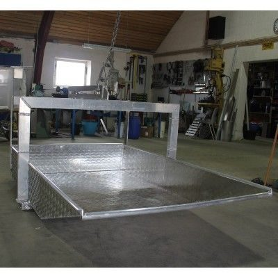 Kasse i aluminium til tagplader