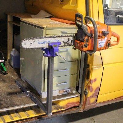 Holder til skruestik i varkstedsvogn
