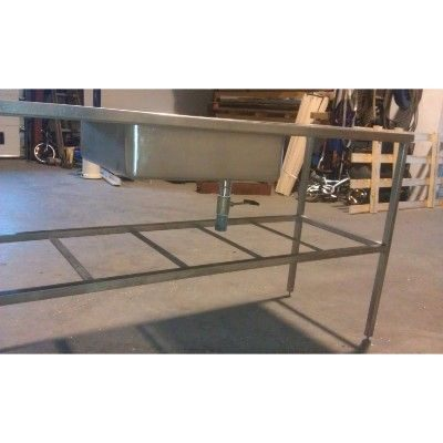 Understel i rustfri staal til bordplade med hylde